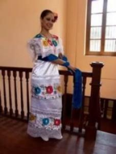 Pareja de mexicanos casi los cacha la suegra
